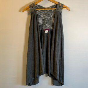 Julie's Closet Sleeveless crochet gray vest M